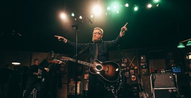 FLOGING MOLLY_390x200.jpg